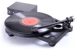Rega_Planar_8 elektronicky riadený hifi gramofón