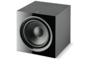 focal-sub-600p-aktivny-subwoofer-front-side