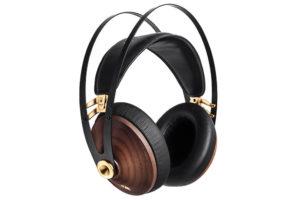 Meze_99_classics circum-aurálne audiofilské slúchadlá z orechového dreva